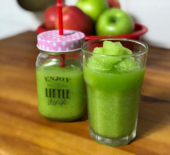 Granizado de manzana con menta o hierbabuena en 5 minutos.