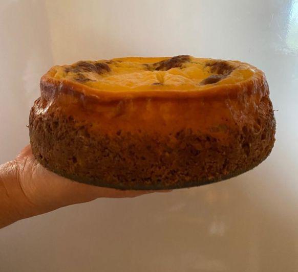 CARROT CAKE CHESEECAKE